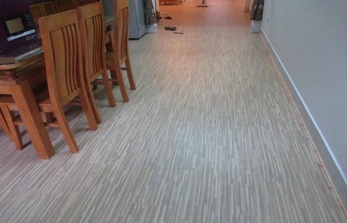 ván sàn nhựa cao cấp giá rẻ, thi công sàn nhựa tại cầu giấy, báo giá sàn nhựa giả gỗ công nghiệp,