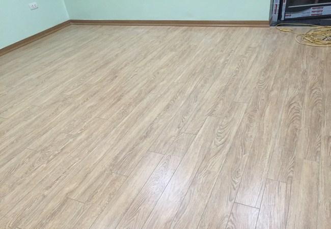 Cửa hàng đại lý sàn gỗ công nghiệp, cua hang san go, dai ly san go