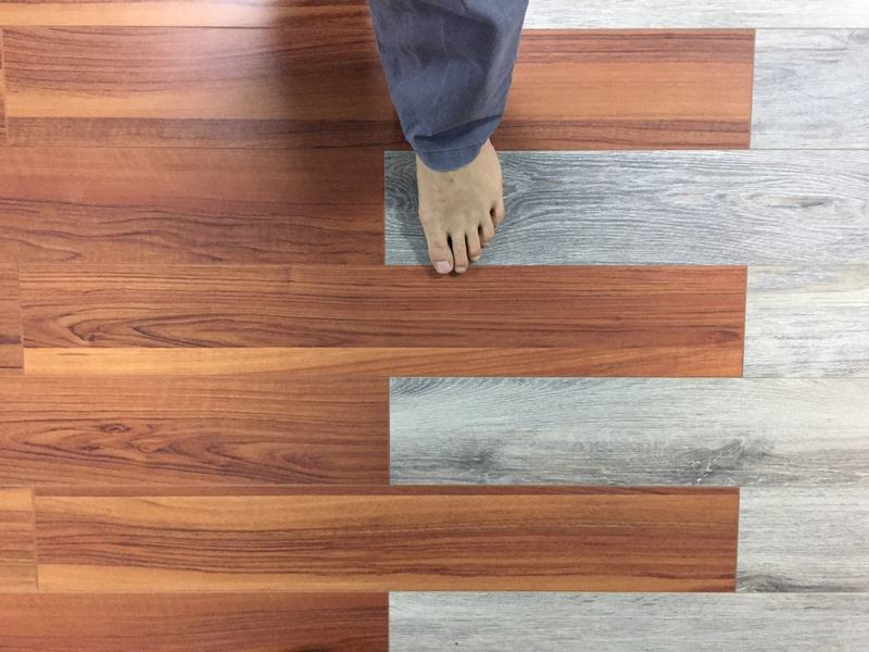 Cửa hàng sàn gỗ