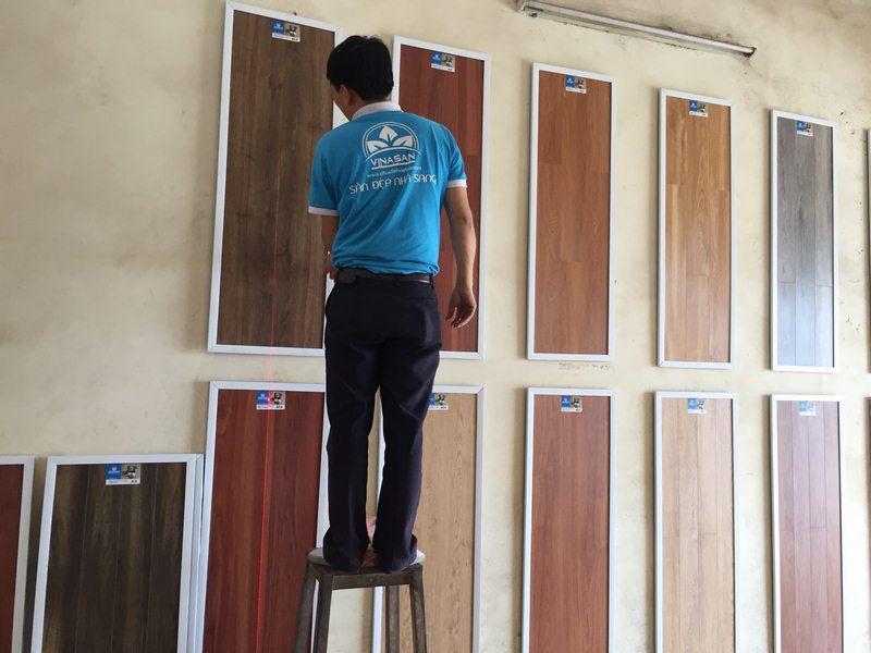 Nẫu trang trí đại lý sàn gỗ