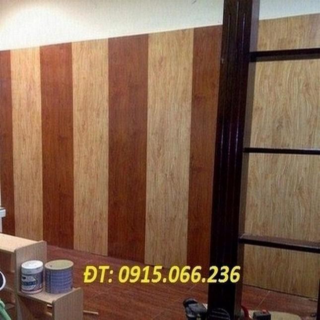 báo giá gỗ ốp tường, op go cong nghiep, ốp tường nhựa vân gỗ,