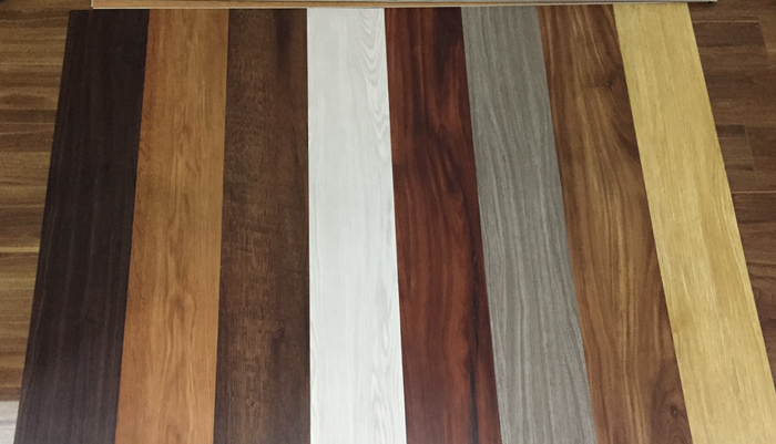 mẫu sàn nhựa dán keo, nhược điểm sàn nhựa, sàn nhựa vân giả gỗ rẻ