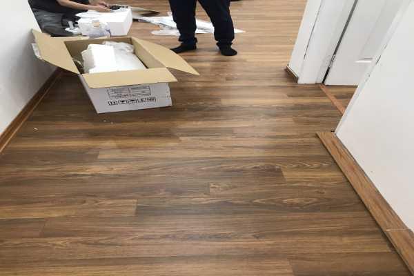 sàn gỗ công nghiệp Thái Lan , báo giá sàn gỗ BN121,