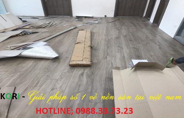 Dịch vụ sửa chữa sàn gỗ công nghiệp, thợ sửa chữa sàn gỗ,