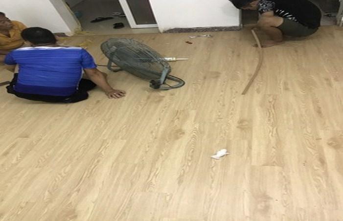 dịch vụ sửa chữa sàn gỗ công nghiệp, thợ sửa sàn gỗ giá rẻ tại hà nội,