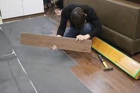 Lắp đặt sàn nhựa giả gỗ tại hà nội, báo giá sàn nhựa tại hà nội , mẫu sàn nhựa giả gỗ giá rẻ