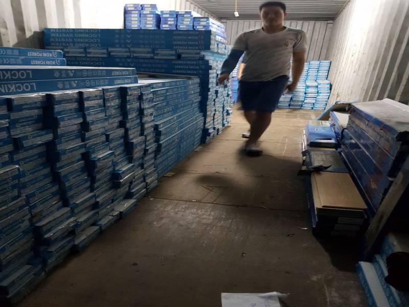 kho sàn nhựa tại tây ninh, bảo quản sàn nhựa giả gỗ,