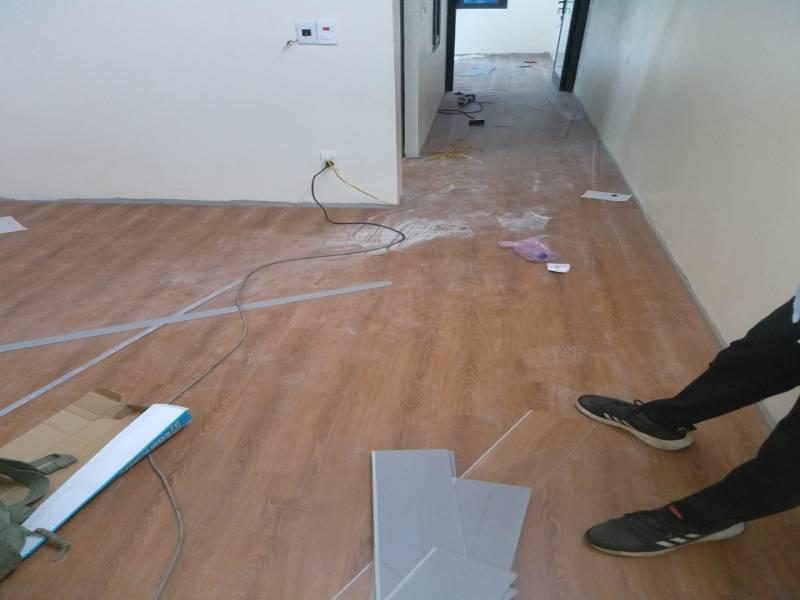 thi công sàn nhựa giả gỗ tại kiên giang, cách thi công sàn nhựa tại kiên giang, báo giá sàn nhựa giả gỗ