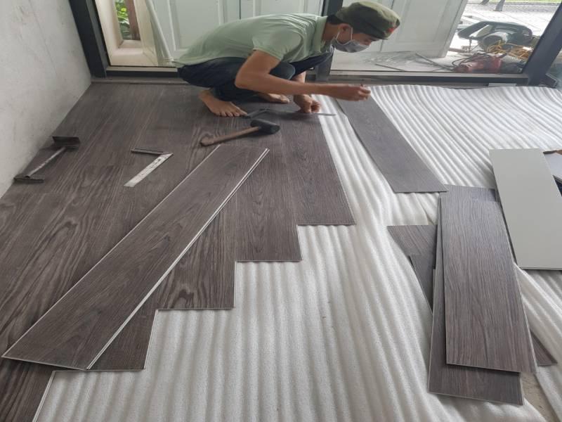 thi công sàn nhựa tại tiền giang, thợ thi công sàn nhựa giá rẻ,